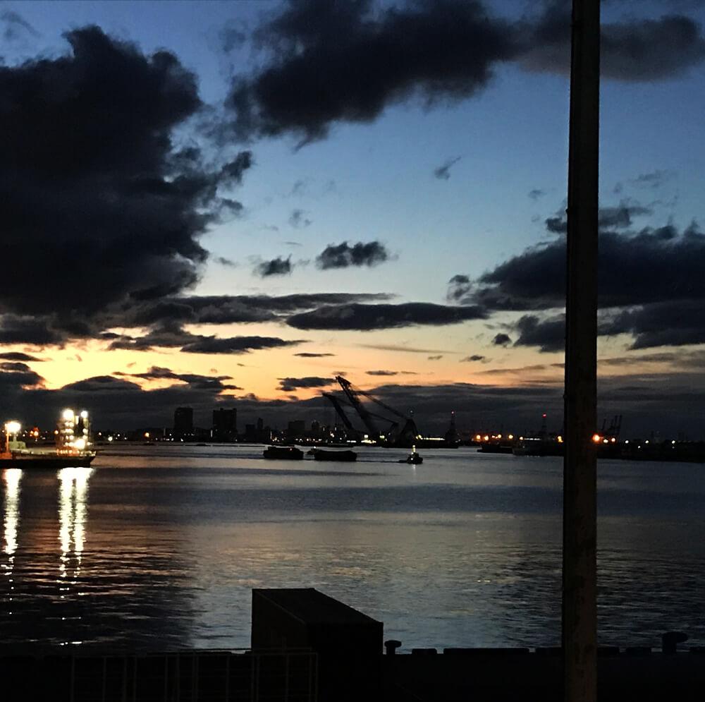 夕焼けの神戸 写真
